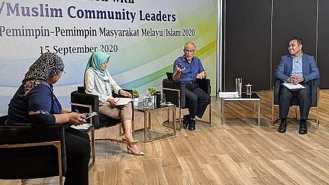 Peluang kerja bagi warga, usaha bina masyarakat yang adil antara tumpuan dialog