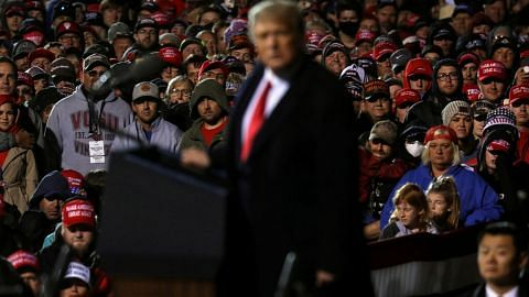 Trump hidap Covid-19 undang reaksi dunia, jejas pasaran AS