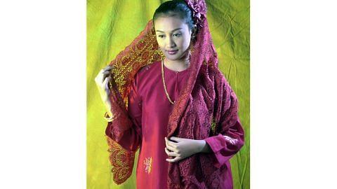 Contoh-contoh tekstil unik Motif kain papar akal budi Nusantara Sekilas motif lazim pada tekstil Nusantara