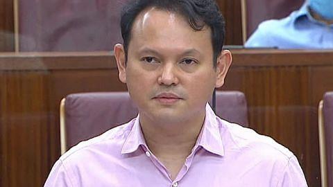 Pendekatan SG naikkan gaji pekerja pendapatan rendah berkesan: Zaqy