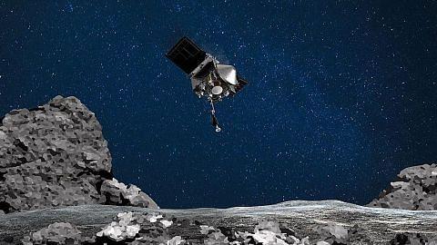 NASA Osiris-Rex 'mencium' asteroid Bennu dalam misi bersejarah
