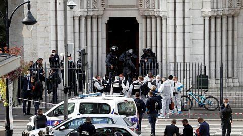 3 maut dalam serangan di gereja Perancis