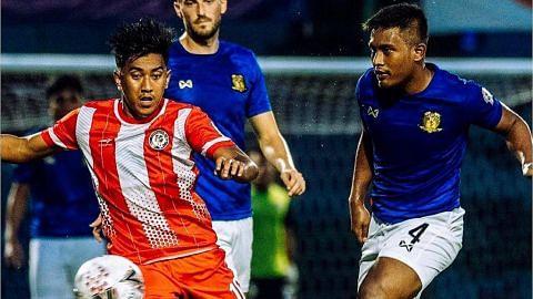 Hujan bawa rahmat bagi Tampines Rovers; Tanjong Pagar, Hougang gagal pecah kebuntuan