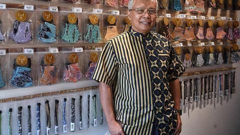 Pakar batik ubah suai strategi buat pelitup, anjur bengkel
