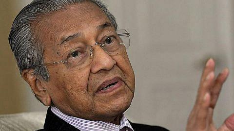 Mahathir sedia potong pencen 10%