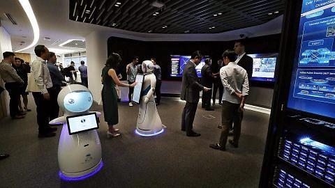 Pas kerja baru bagi tarik karyawan teknologi mulai Jan