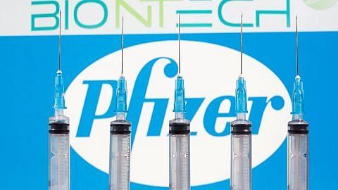 Vaksin Covid-19 firma Pfizer dan Moderna dijangka diedar di AS beberapa minggu lagi