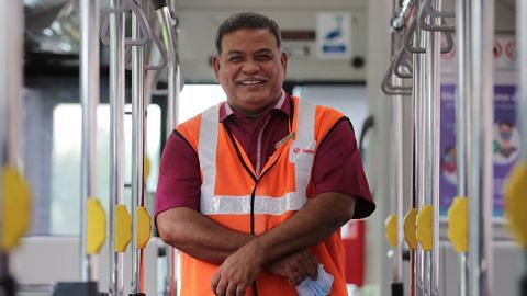 Cinta terhadap pekerjaan punca terus kekal sebagai kapten bas