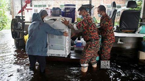BERITA Banjir: Pusat pemindahan di Terengganu dibuka semula