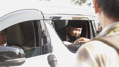 Pemimpin Umno, parti politik lain menghadap Sultan Perak