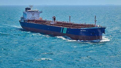 Kapal tangki minyak berdaftar SG rosak dalam serangan di Saudi
