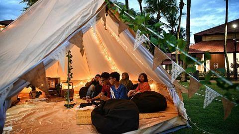 Keluarga seronok 'glamping' di Taman Warisan Melayu