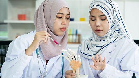 Rawatan guna ubat-ubatan kaedah yang dibenarkan dalam Islam