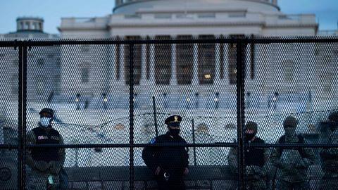 Capitol diceroboh: 55 suspek didakwa