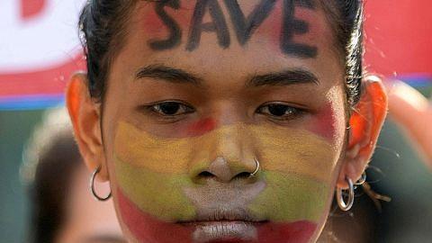 Antara cengkaman jeneral dan tuntutan demokrasi jelata GELORA DI MYANMAR RENCANA