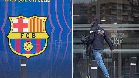 Polis serbu ibu pejabat Barcelona: 4 diberkas