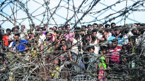RAMPASAN KUASA DI MYANMAR Rohingya kembali terancam