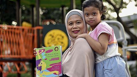 Ibu lancar buku daripada 'kaca mata' anak sindrom Down
