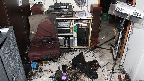 Pemilik dedah nyawa nyaris melayang apabila bateri PAB meletup ketika dicas