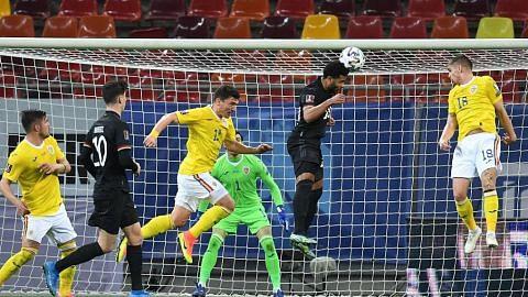 Kane cetus kemenangan England di Tirana