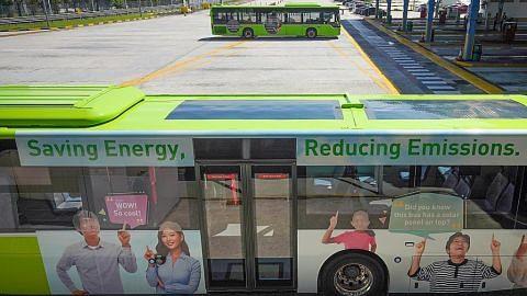 Bas awam pertama di SG dipasang panel suria