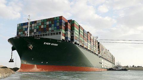 Rantaian bekalan dan iktibar daripada kapal 'sangkut' di Terusan Suez ...SG ikut terkesan