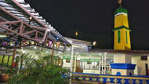 'Orang kampung' kembalikan seri Masjid Petempatan Melayu Sembawang