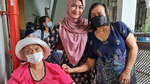 Sudut infak bak 'kedai runcit' percuma di Tampines dapat sambutan