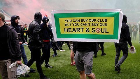 Bantahan di Old Trafford cerminkan hubungan tegang penyokong-pemilik bertahun lamanya