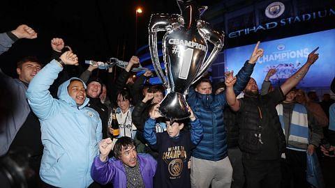 Man City juara England