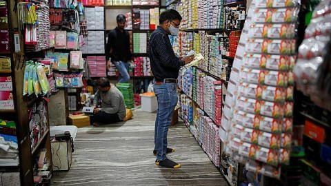 Sekatan di India dilonggar sedang kes berkurang