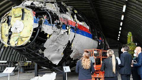 KES PESAWAT MH17 DITEMBAK JATUH Hakim Belanda mula dengar penerangan mengenai empat suspek