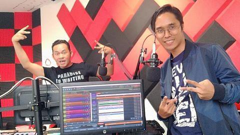 Carta 'gerek' Singapura di radio seberang Tambak