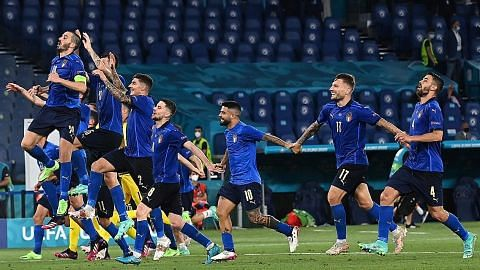 Aksi Italy buat Mancini senyum
