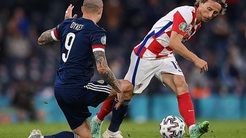 Modric bantu Croatia lebur harapan Scotland