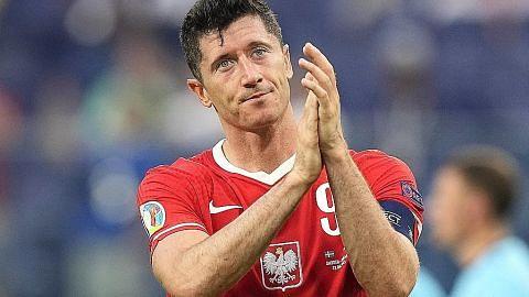 Poland tersingkir: 2 gol Lewandowski tidak mencukupi