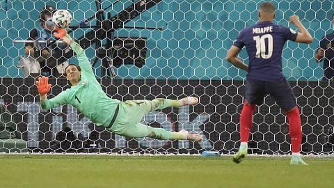 EURO 2020 Gergasi Eropah 'rebah' satu persatu PUSINGAN KALAH MATI