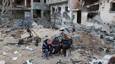 Dunia diruntun masalah pelarian, isu kerakyatan RENCANA