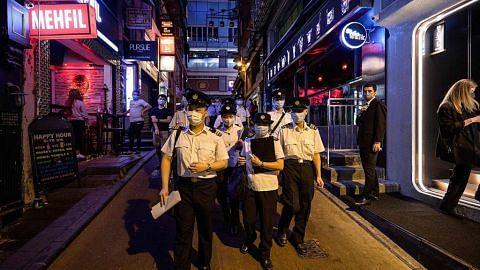 Hong Kong: Selebriti di kelompok kelab dansa