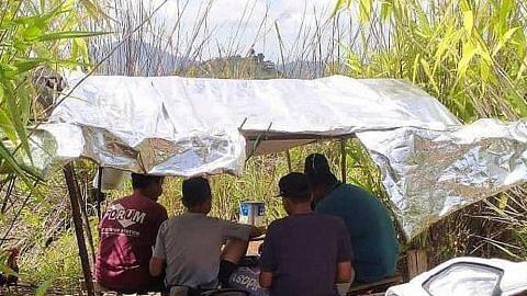 Lebih setahun belajar atas bukit di Pahang demi dapatkan Internet