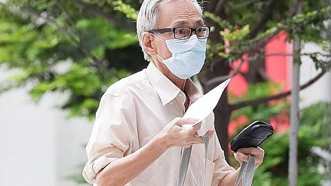Doktor, 70 tahun, antara didakwa cabul kehormatan