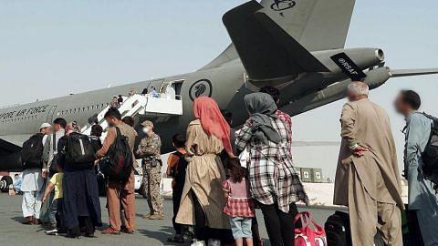 RSAF pindah 149 warga dari Afghanistan