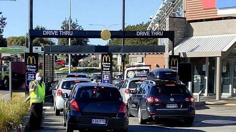 Warga NZ kembali jalani kegiatan susuli kelonggaran sekatan Covid-19