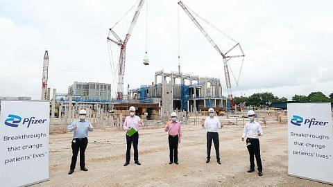 Pfizer mula bina kilang baru di Tuas