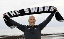 Swansea pecat Bradley