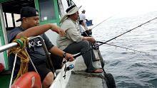 di laut pancing Lebih bebas
