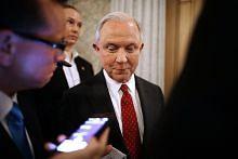 Jeff Sessions dilantik Peguam Negara AS
