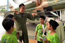 Juruterbang RSAF 'bawa' murid sekolah rendah 'terbang tinggi'