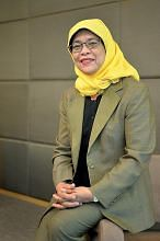 Ingin terus berkhidmat kepada Singapura CIK HALIMAH YACOB