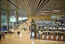 PEMBUKAAN TERMINAL 4 LAPANGAN TERBANG CHANGI Operasi terminal baru Changi berjalan lancar